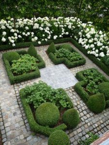 Repetition-of-shape-in-planting-design