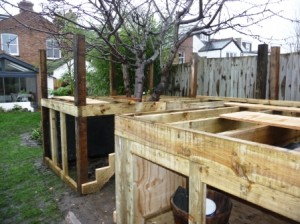 post joists tree house construction